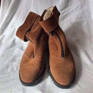 Suede zip lined boots